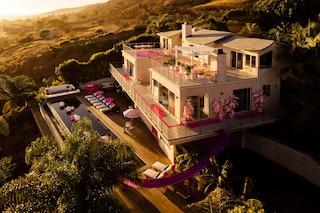Barbie compie 60 anni e fitta la sua casa di Malibu
