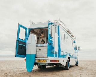 Questo camper sembra una casa al mare su ruote