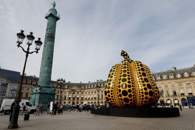 """Life of the Pumpkin Recites, All About the Biggest Love for the People"", Parigi"