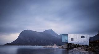 Manshausen 2.0, l'eco resort a impatto zero a picco sul Circolo Polare Artico