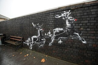Banksy, l'opera natalizia a Birmingham è stata vandalizzata