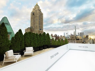 The Mark Penthouse, l'attico di New York con pista di pattinaggio sul ghiaccio privata