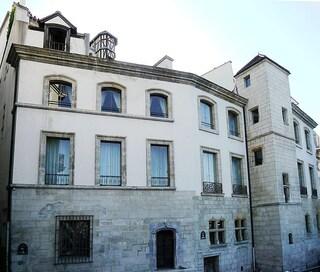 I finti edifici di Parigi