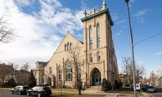 Bell Tower Condos, la casa di lusso ricavata all'interno di una chiesa