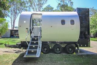 Aero Tiny, la casa mobile ricavata nella fusoliera di un aereo