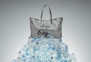 I Am a Plastic Bag, la borsa fatta con le bottiglie di plastica riciclata