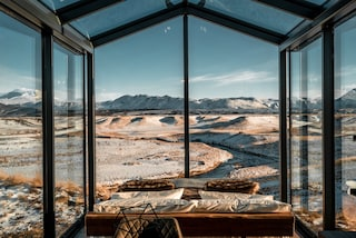 Panorama Glass Lodge, il resort dove dormire sotto l'Aurora boreale d'Islanda
