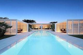 Jesolo Lido Pool Villa, la casa di lusso prefabbricata completata in meno di 6 mesi