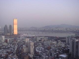 63 Building, l'edificio placcato in oro più alto del mondo