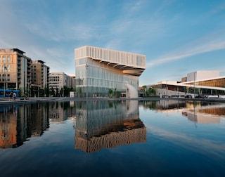 Inaugura la Diechman Bjørvika Library, la biblioteca del futuro