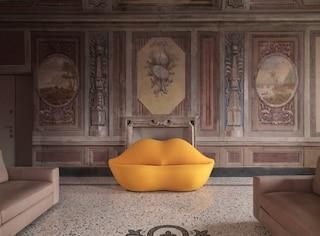 50 anni di Bocca, il mitico divano a forma di labbra