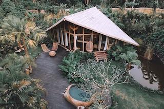 Glamping a Bali in case di bambù immerse nella foresta