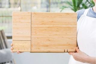 ChopBox, il tagliere da cucina intelligente che è anche bilancia e disinfetta i coltelli