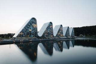 The Wave, gli edifici residenziali a forma di onda della Danimarca