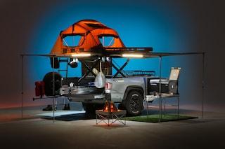 Il rimorchio per auto che contiene tutto ciò di cui hai bisogno