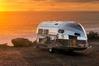 Il camper più lussuoso che ci sia, con pavimenti riscaldati e wi-fi a bordo