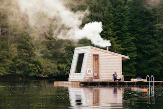 La SPA galleggiante che ti immerge completamente nella natura canadese