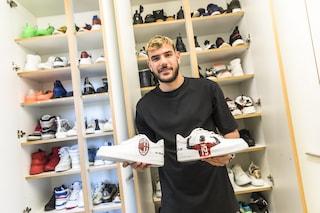 La casa di Theo Hernandez e Zoe Cristofoli: scarpe personalizzate per il calciatore e foto hot di lei