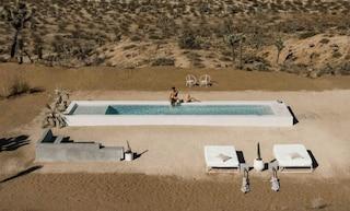 C'è una piscina in mezzo al deserto del Joshua Tree Park: ecco perché