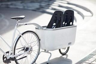 Il primo rimorchio per bici che non pesa e permette di trasportare tutto senza sforzo