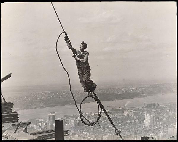 Icaro, Empire State Building, 1930, di Lewis Hine