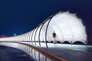 Questa pista ciclabile coperta produce energia quando la percorri: è unica al mondo