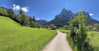 Sull'altipiano più grande d'Europa, tra castelli, miti e borghi più belli d'Italia