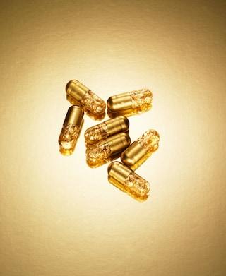 La pillola che trasforma le feci in oro: tutti gli amanti del lusso la desiderano