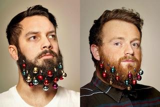 Gli addobbi natalizi per la barba sono la moda del momento