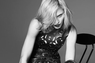 Madonna sostituisce Lady Gaga, è la nuova testimonial di Versace (FOTO)