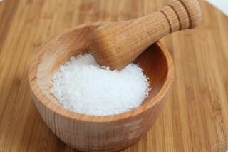 I rimedi di bellezza a base di sale: dall'anticellulite allo scrub mani