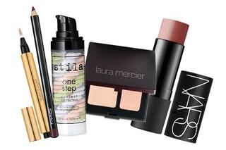 Make up veloce: 5 prodotti beauty per risparmiare tempo e denaro (FOTO)