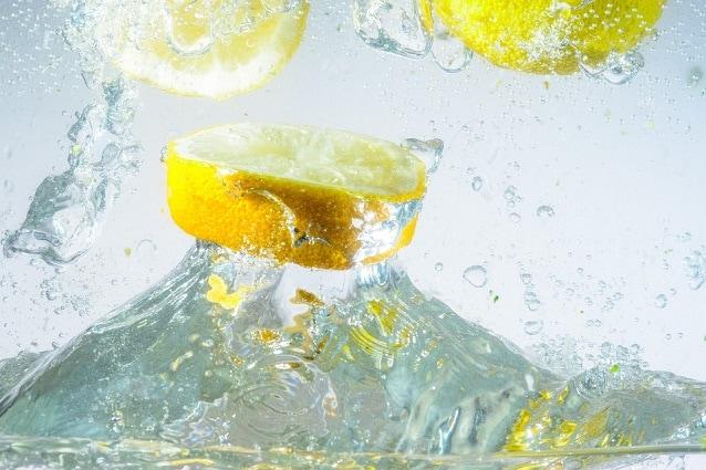 bevanda dimagrante con bicarbonato di sodio e limones