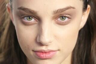 Rimedi naturali e cosmetici per avere un contorno occhi giovane e senza rughe (FOTO)
