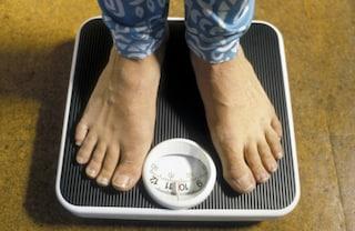 """""""Ho il corpo di una nonna"""": perde 57 chili, ma la dieta le ha rovinato la vita"""