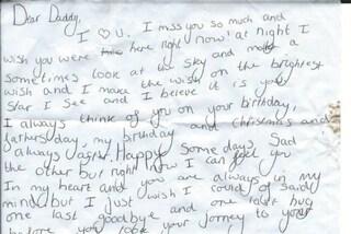 """""""Mi manchi e vorrei averti qui"""": la dolce lettera della ragazzina al padre defunto"""