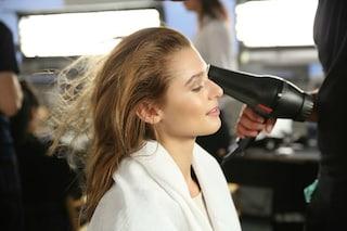 I 10 errori da non fare quando asciughi i capelli con il phon