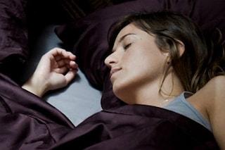 Le buone abitudini per dormire meglio e favorire il sonno