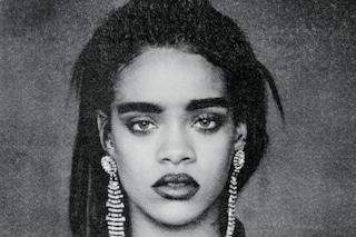 Rihanna come Frida Kahlo, sopracciglia folte e sguardo misterioso per il nuovo album
