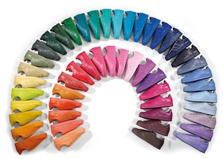 Color therapy per la primavera: spopolano le Superstar Supercolor di Adidas (FOTO)