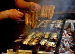 Il carbone si mangia: ecco come può essere utilizzato in cucina