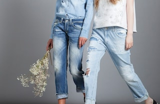 Il jeans compie 140 anni ed è ancora l'indumento più amato al mondo