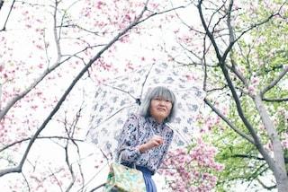 Kyoko, la donna che da anni vaga per le strade di New York fingendosi anziana (FOTO)