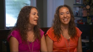 Amy e Becky, le sorelle gemelle con l'ossessione di essere identiche