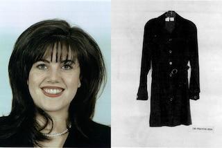 Un museo offre a Monica Lewinsky 1 milione per l'abito macchiato da Clinton