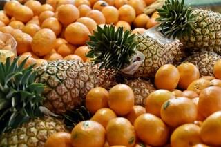 Ananas, mele e noci, ecco la frutta che brucia i grassi in modo veloce (FOTO)