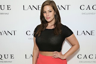 """Cellulite ti amo"": la curvy Ashley Graham vuole cambiare il mondo della moda (VIDEO)"