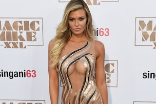 "Caduta di stile per Samantha Hoopes: praticamente nuda alla prima di ""Magic Mike XXL"""