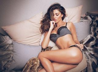 Belén in lingerie sexy è testimonial della collezione invernale Jadea (FOTO)