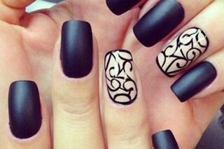 Le unghie della settimana: black and white manicure (FOTO)